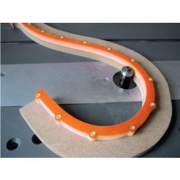Krzywik -mini L=1200 mm 12 (na śruby 3x20)